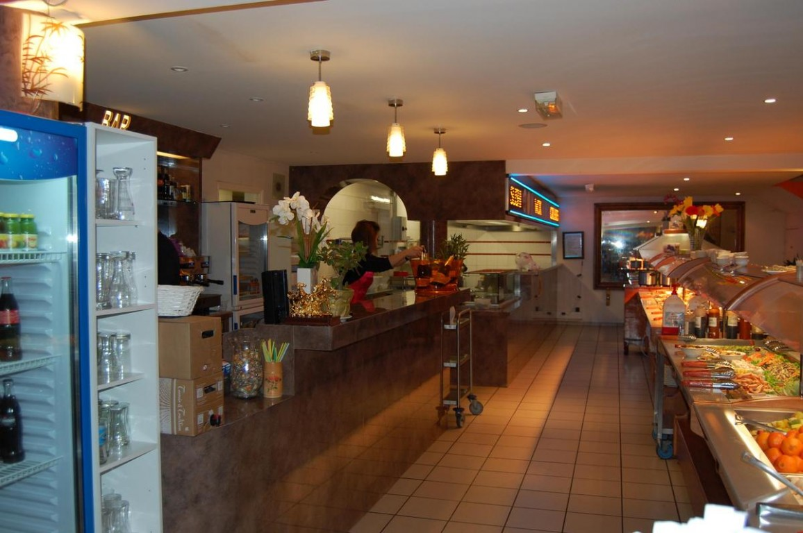 new vina wok restaurant asiatique location de salle grenoble restaurant buffet volont. Black Bedroom Furniture Sets. Home Design Ideas
